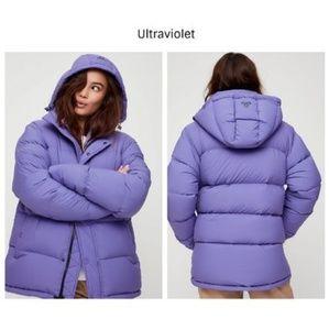 ISO Aritzia Tna Super Puff Ultraviolet
